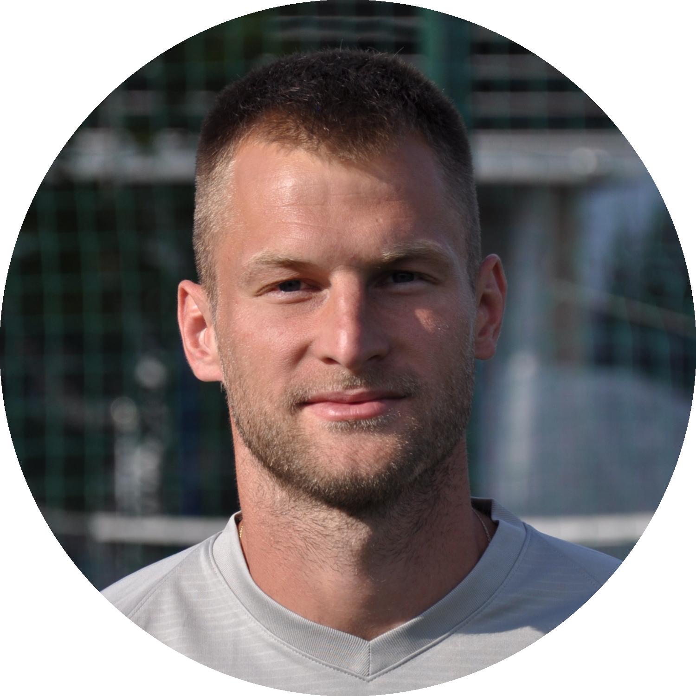 Тренер ФК Авангард Бабенков Олег Михайлович