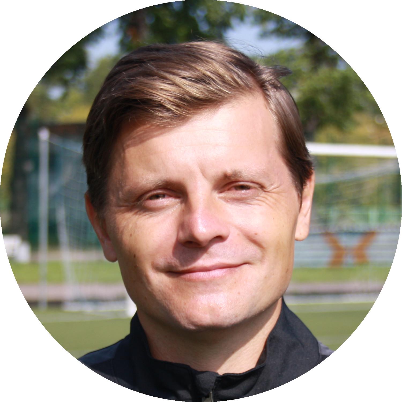Тренер ФК Авангард Ефремов Евгений Геннадьевич